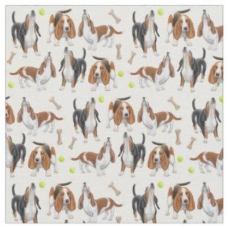Tela linda de los perros del grito Basset Hound