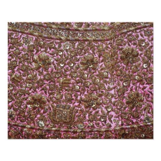 Tela rosada bordada Nueva Deli la India Flyer A Todo Color