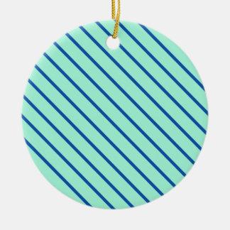 Telas a rayas diagonales - aguamarina y marina de adorno redondo de cerámica