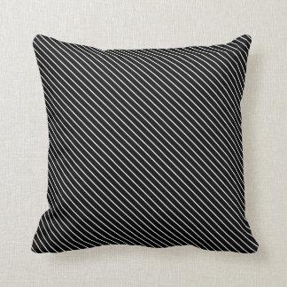 Telas a rayas diagonales - blancos y negros cojín