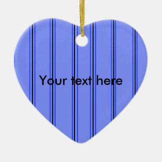 Telas a rayas púrpuras y azules modernas adorno de cerámica en forma de corazón