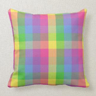 Telas escocesas en colores pastel cojín