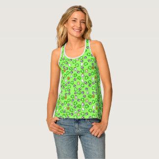Tema del fútbol con el camisetas en verde