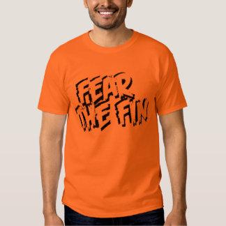 Tema la camisa del naranja de la aleta