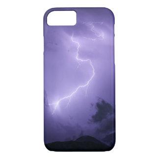 Tempestad de truenos púrpura en la noche funda para iPhone 8/7