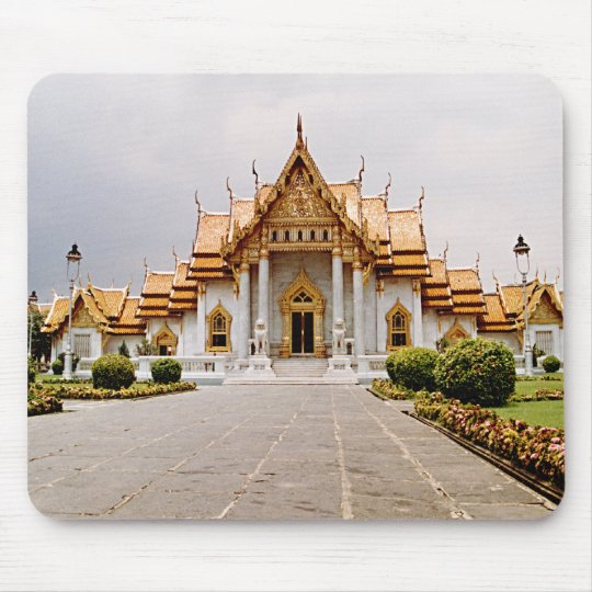 Templo de mármol del oro sobre el león Mousepad Alfombrilla De Ratón