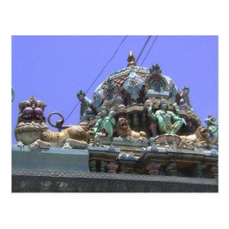 Templo hindú, detalle de la decoración del tejado postal