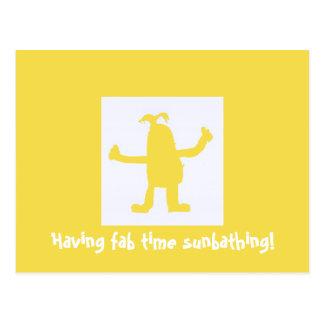 Tener postal que toma el sol del tiempo fabuloso