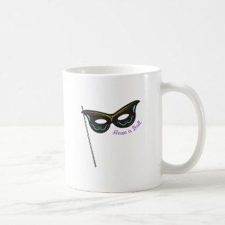 Tenga una bola taza de café