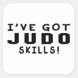Tengo habilidades de los artes marciales del judo calcomanía cuadrada