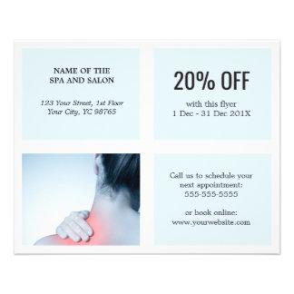 Terapeuta azul blanco limpio elegante del masaje flyer