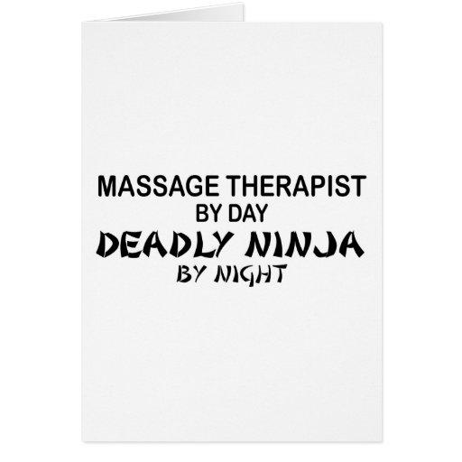 Terapeuta Ninja mortal del masaje por noche Tarjetas