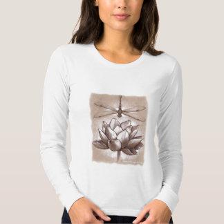 Teshirt de la libélula y de Lotus Camisas