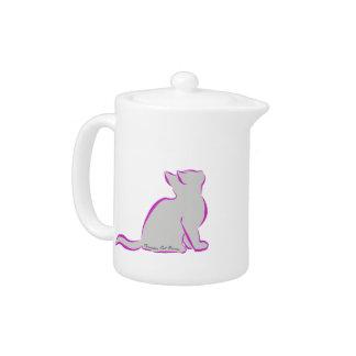 Tetera Gato rosado, terraplén gris, texto interior