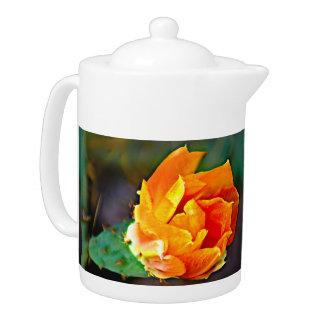Tetera Pote anaranjado del té de la floración del cactus