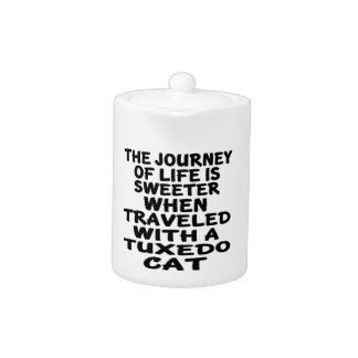 Tetera Viajado con el gato del smoking