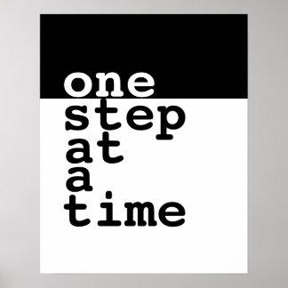 texto de motivación del paso del poster uno a la póster