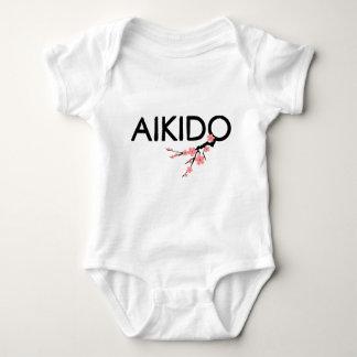 Texto de Sakura del Aikido Camiseta