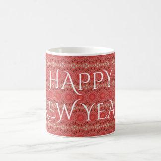 Texto rojo de la Feliz Año Nuevo de la flor del Taza De Café
