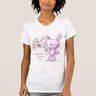 Texto rosado lindo del personalizado del conejo de camisetas