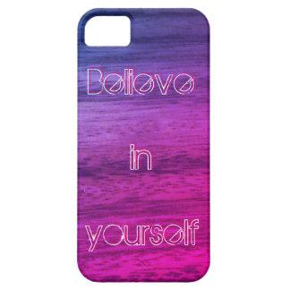 Textura de madera púrpura funda para iPhone SE/5/5s