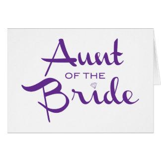 Tía de la púrpura de la novia en blanco felicitaciones