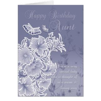 Tía, tarjeta de cumpleaños con las flores y