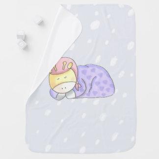 Tiempo de la siesta con la manta del bebé de la
