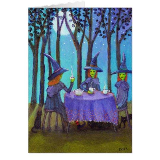 Tiempo del té de las brujas debajo de la tarjeta