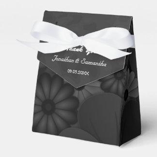 Tienda floral negra de Chalkbaord con la caja del