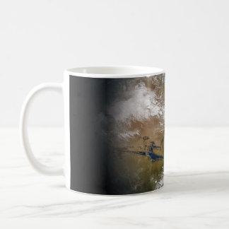 Tierra del planeta tazas de café