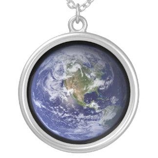 Tierra - otra versión colgante redondo