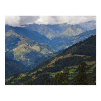 Tierras de labrantío y pueblo en el Himalaya Postal