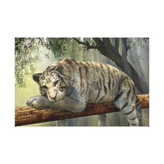 Tigre blanco que se enfría en la lona de la selva lienzo