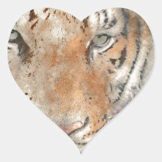 Tigre cercano para arriba en acuarela pegatina en forma de corazón