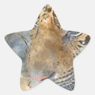 Tigre cercano para arriba en acuarela pegatina en forma de estrella