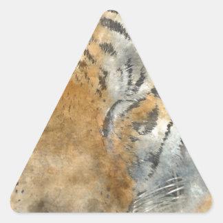 Tigre cercano para arriba en acuarela pegatina triangular