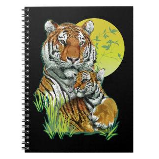 Tigre con el cuaderno de Cub
