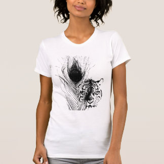 Tigre del EL y el pavo real Camisetas