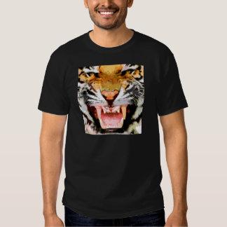 Tigre enojado - ojos del tigre camisetas