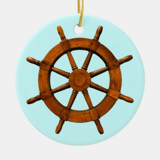 Timón de madera de las naves adorno redondo de cerámica
