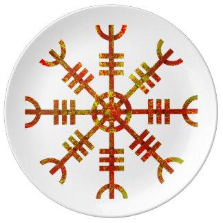 Timón del símbolo de Viking del temor Plato De Porcelana