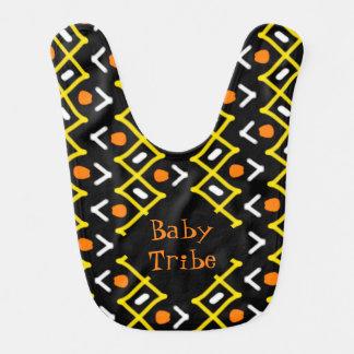 Tipografía tribal abstracta colorida del modelo babero