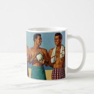 tipos de la playa de los años 50 taza de café