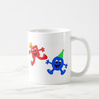 Tipos frescos del cuadrado y del círculo tazas de café