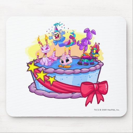 Tiro del grupo de la torta de cumpleaños alfombrilla de raton