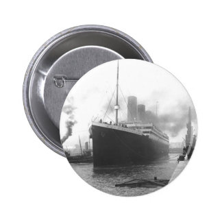 Titánico en los muelles de Southampton Chapa Redonda De 5 Cm