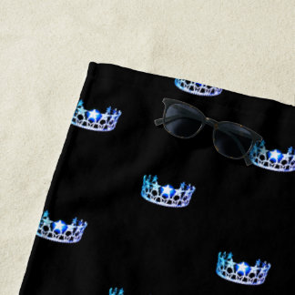 Toalla de playa azul de la corona de la Srta. los