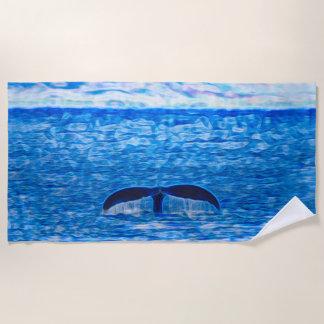 Toalla De Playa Fractal de la cola de la ballena azul y rosado