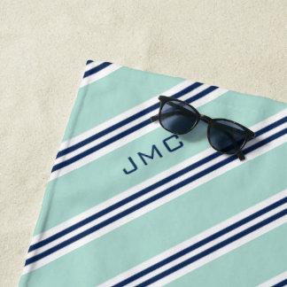 Toalla De Playa menta del monograma 3-Letter y rayas azules